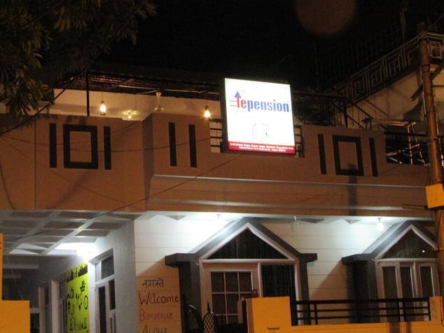 le pension backpackers hostel jaipur